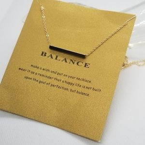 ❤3 for 20$.. gold toned balance bar chain necklace.